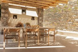 21-Xerolithi-House-Sinas-Architects-SERIFOS-Grece-credits-photos-Yiorgos-Kordakis