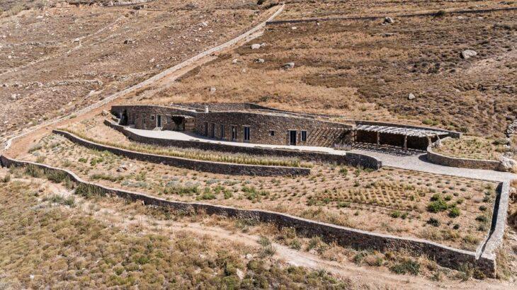 Une-Xerolithi-House-Sinas-Architects-SERIFOS-Grece-credits-photos-Yiorgos-Kordakis