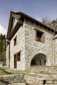 2-House-Cinsc-ATOMAA-VARZO-Italie-credits-photos-Alberto-Strada