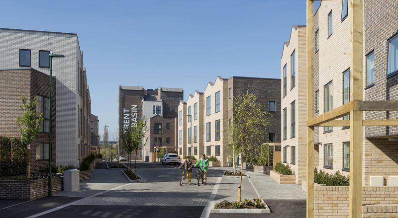 5-Net-zero-buildings-Jared-Green-credits-photos-Trent-Basin