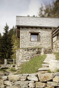 9-House-Cinsc-ATOMAA-VARZO-Italie-credits-photos-Alberto-Strada